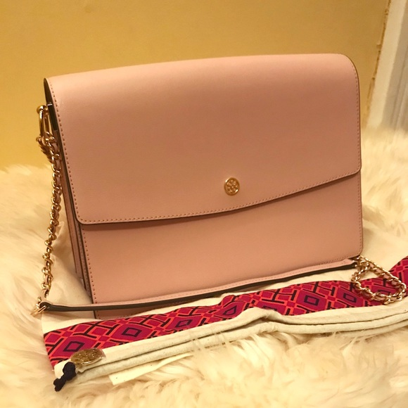 f55360097547 Tory Burch Parker Large Convertible Shoulder Bag. M 5b529b0e45c8b37382457785